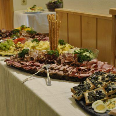 Unsere Hausplatten mit Fleisch, Fisch oder Käse